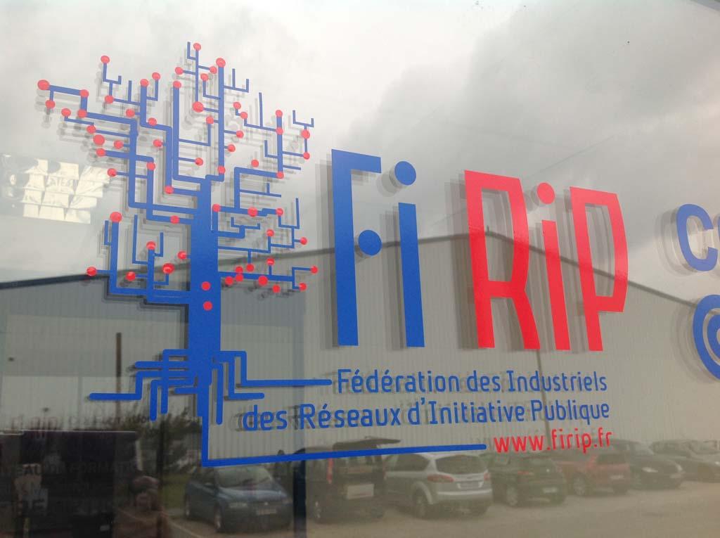 sign'ETIK - Flocage publicitaire sur des vitrines, commerciales ou professionnelles avec impression numérique HD sur Nancy 54 près de Maxéville et Epinal