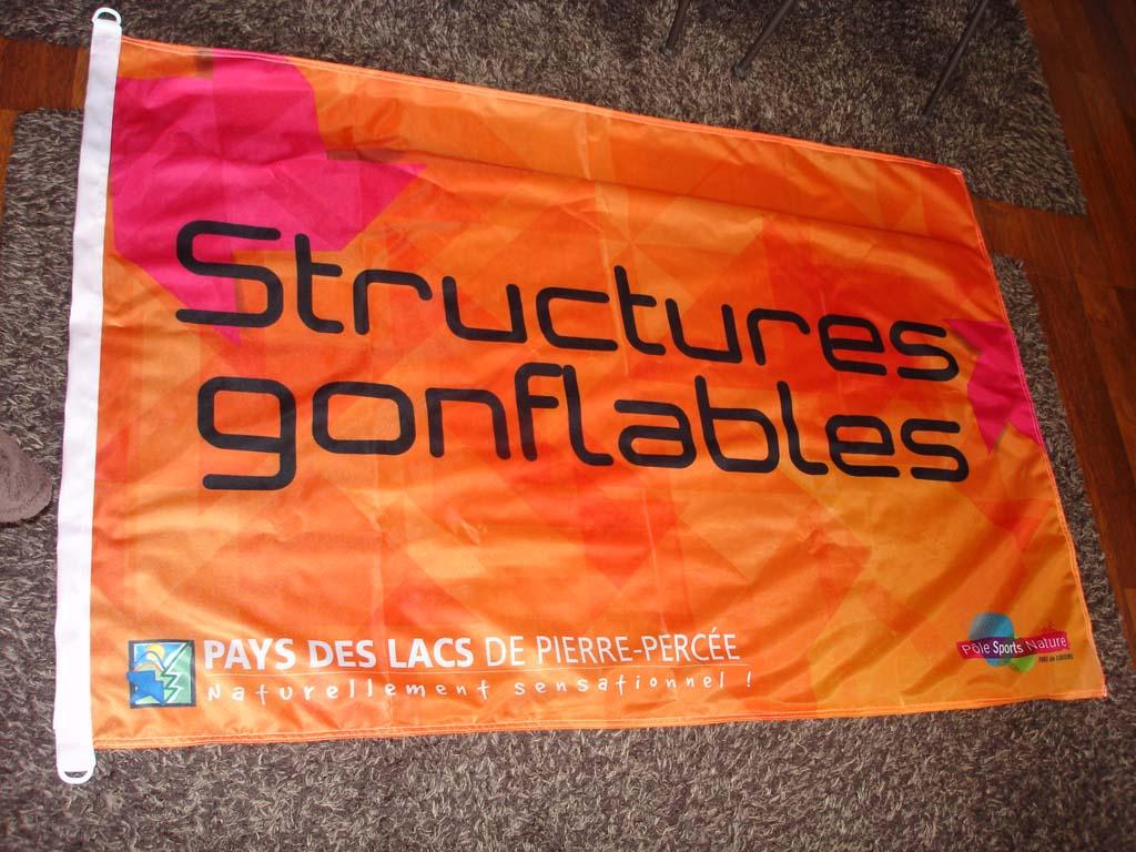 Drapeau Flag imprimé sur mesure pour le Pôle Sport et nature en Meurthe et Moselle
