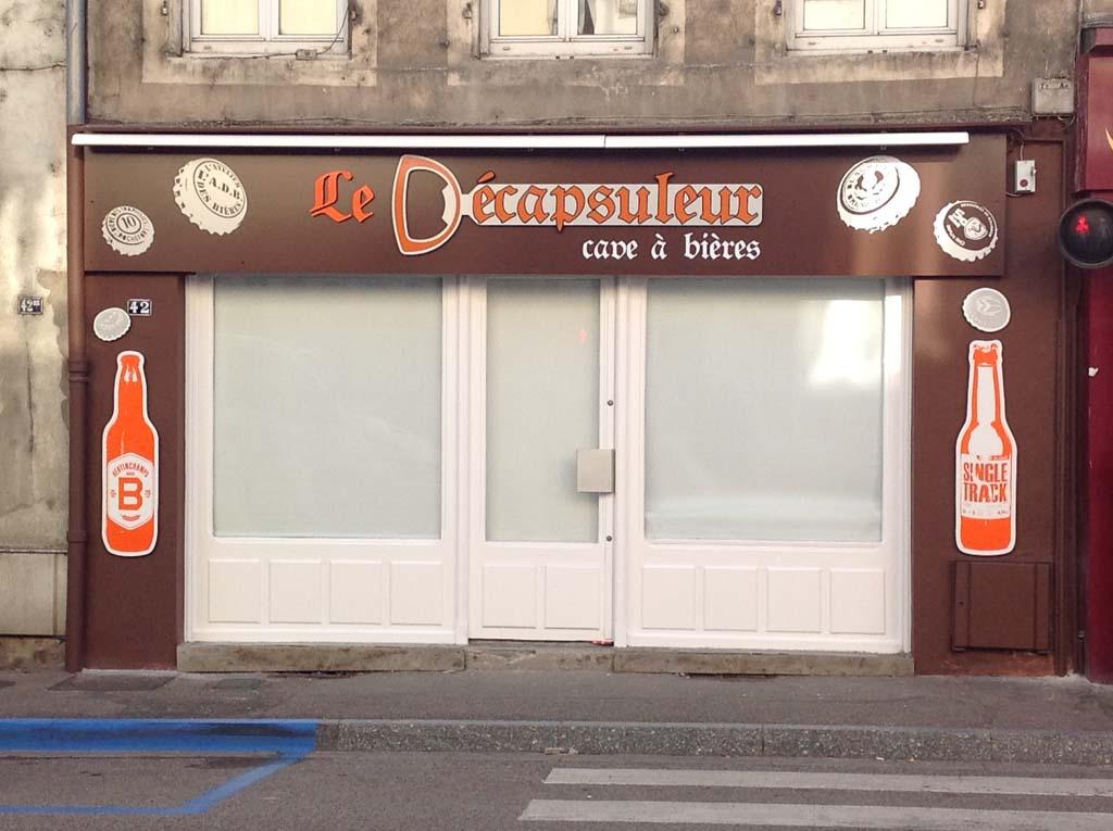 Enseigne façade commerciale pour magasins d'alimentation, de vêtement, de restaurants, de bars, de boucheries et de boulangerie près de Nancy