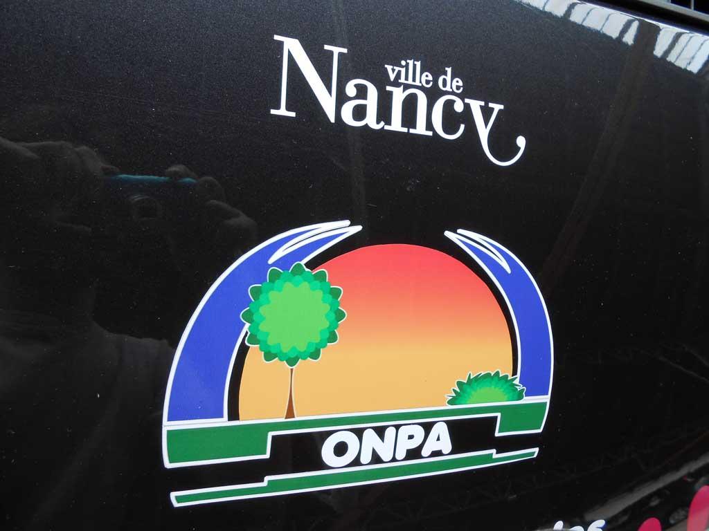 Logos adhésifs pour véhicules d'entreprises à Saint-Max 54