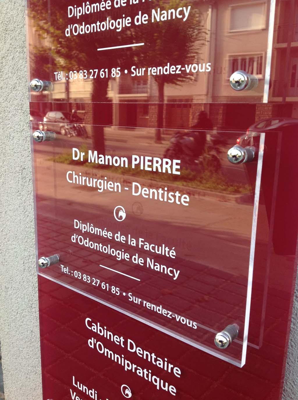 sign'ETIK - Panneaux multi plaques pro transparentes pour professionnels, commerçants et artisans sur la région Grand Est en Meurthe et Moselle