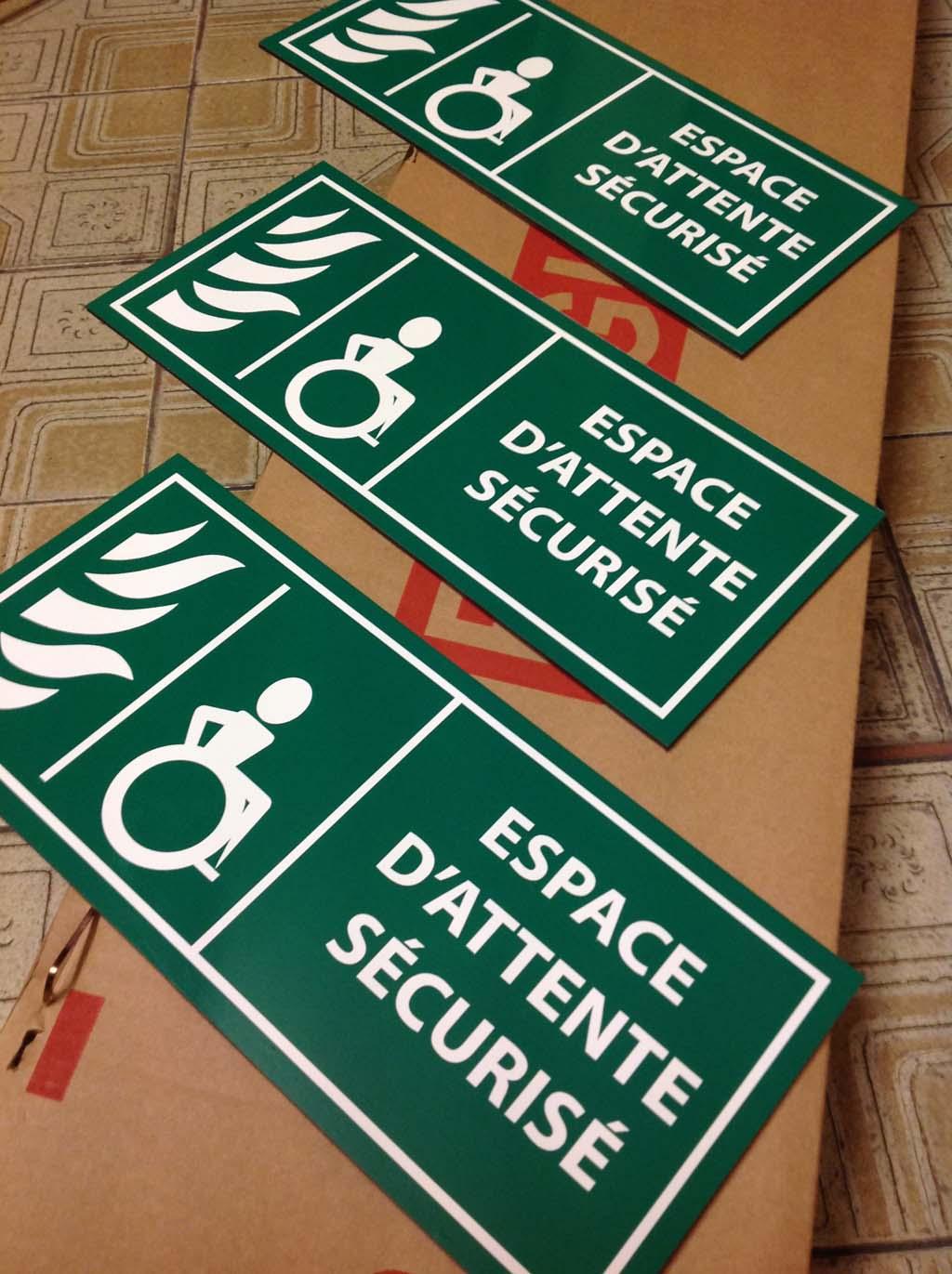 Panneau signalétique de sécurité pour espaces publics, collectivités, écoles, lieux publics