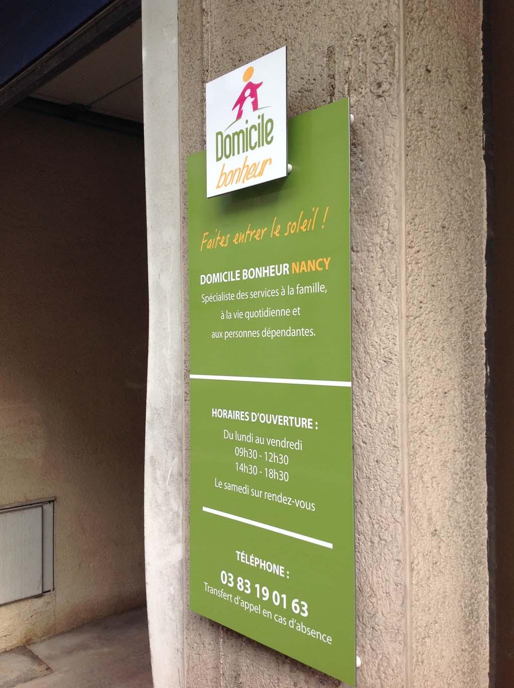 Plaque professionnelle en Dibond 3 MM avec impression numérique haute définition à Nancy près de Maxéville